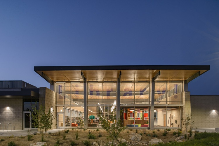 Image: Pioneering LEED v4: The Bown Library! Case Study