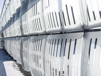 Image: The Art of Incorporating Wind and Microclimate Control Features in Building Design