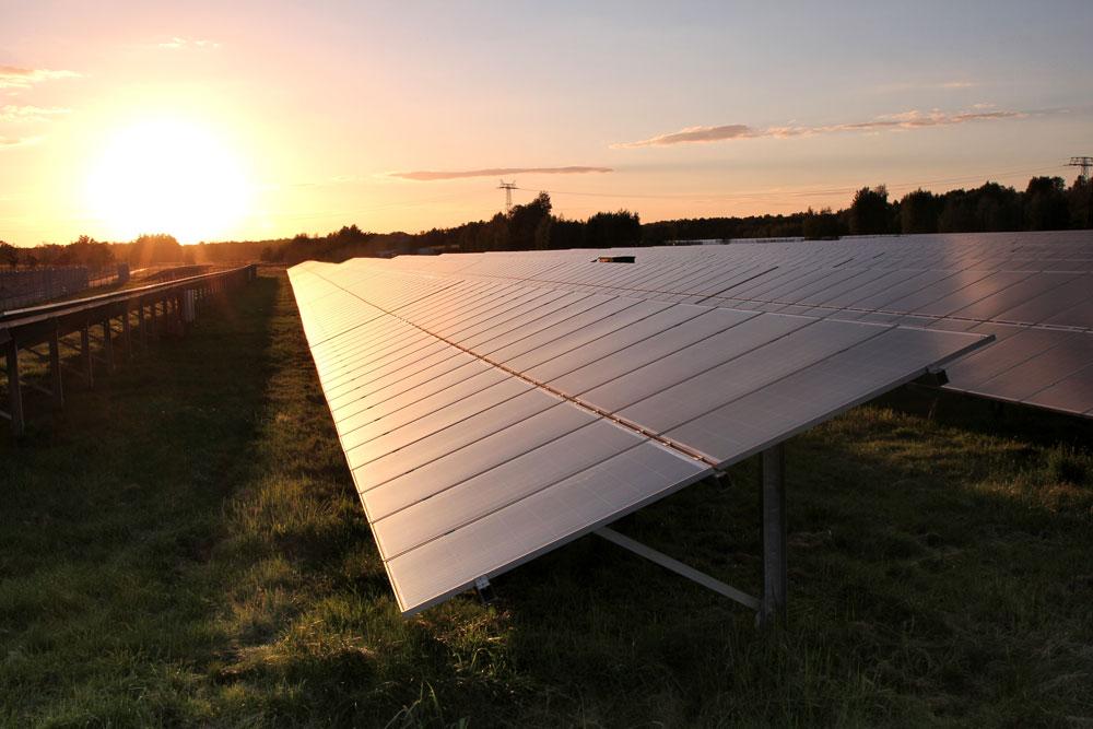 Image: Effets du Vent sur les Systèmes D'énergie Solaire