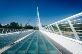 Image: Pedestrian Bridges and Walkways – Controlling Vibration Through Tuned Mass Damper Design